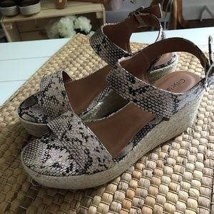 City Classified Luthor Python Espadrille Wedge